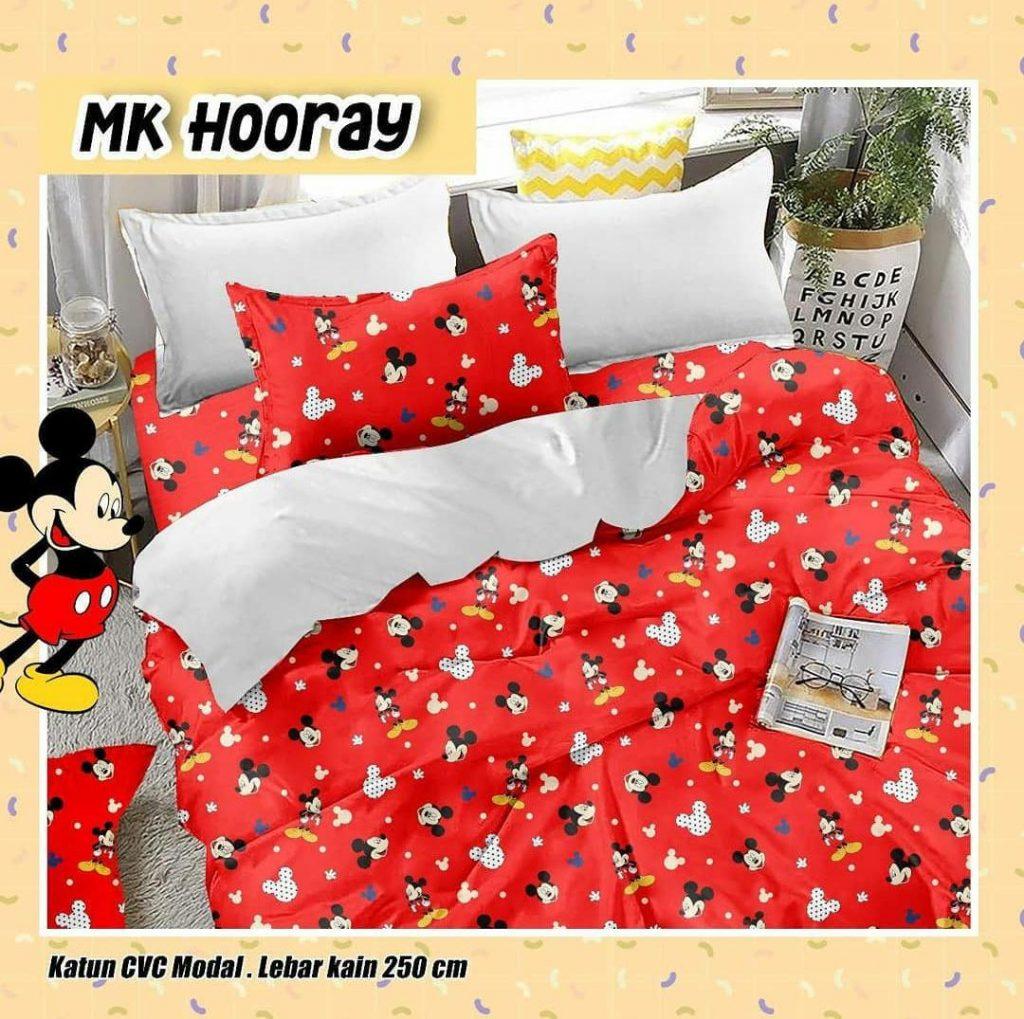 sprei-Bedcover-star-mk-hooray-merah