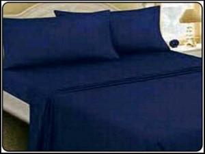 biru dongker