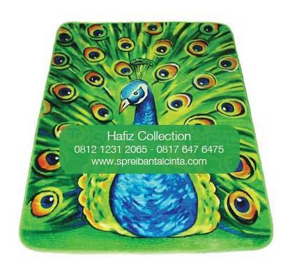 Toko Karpet Selimut di Jakarta, Jual Karpet Selimut, Beli karpet selimut di Depok - Karpet Selimut Motif merak  - Karpet Selimut Motif - 0812 1231 2065